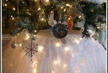 Holiday Ideas / by Debbie Mendoza