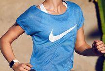 Αθλητικά ρούχα