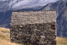 Bygg i Mur og Stein.