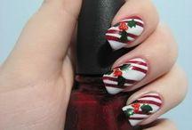 nails / by Tiffany Martineau