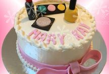 Make-up cakes and cookies / These cakes are perfect for your next Mary Kay party, or birthday party for a girl, teen or tween!