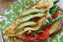 savory breakfasts / by Maria Carolina Lopez