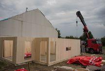 Reportaż / Pierwsza budowa w Polsce z litego drewna CLT #drewnoliteclt #domenergooszczędny #domprefabrykowany www.multicomfort.pl