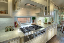 Classic Kitchens & Dining Rooms / Kitchens by Normandy Homes