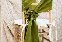 Dressing your wedding chairs