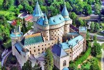 Slovenské hrady a kaštiele