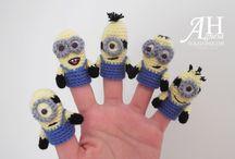 Marionete de mana crosetate