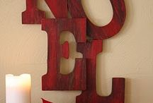 Christmas and holiday decor / by Georgi Norris