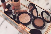 Maquiagem •