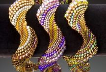 Beading - Peyote stitch / www.etsy.com/shop/BeadsOfBohemia - COLLECTION OF PEYOTE STITCH Designs, Patterns, Instructions, Inspiration. - pins marked * are FREE patterns or instructions, - pins marked *P are patterns or instructions to buy