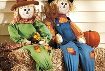 Love scarecrows / by Sonya Carpenter