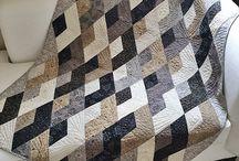 Boomerang quilts
