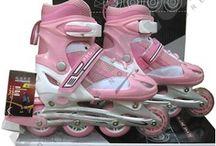 Koleksi Sepatu Terbaru / Temukan berbagai model dan merk sepatu terbaru beserta daftar harganya