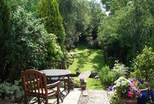 Yards & Gardens / flower gardens, vegetable gardens and yard landscaping / by Taryn Garrett