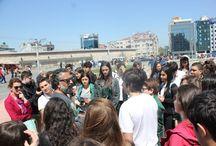 Öğrencilerimiz usta fotoğrafçı Mustafa Seven ile buluştu! / t-MBA öğretmenlerimizden usta fotoğrafçı Mustafa Seven, öğrencilerimizle birlikte İstanbul'da foto safari turuna çıktı. http://www.dogakoleji.com/haberetkinlik/t-mba-fotograf-tutkunu-ogrencilerini-usta-fotografci-mustafa-seven-ile-bulusturdu