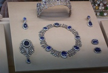 Jewelry Sets / Best jewelry sets and pairs selection from Pinterest, with special attention to design, craftsmanship and metal and stone color combination and creation period. Fine jewelry pair sets selected by Jaume Labro jewelry designer.