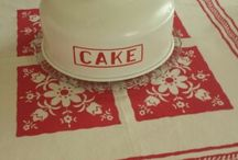 cake carriers/cake stands/cake plates / by Lenore Kuipers