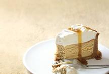 Mmmm.... Sweet Cheesecakes! / by Jan Lipinski