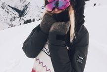 Ski & Snowboard Holiday / It´s all about the coolest ski and snowboard looks and beautiful mountain views. See more on instagram @cityhopperlook.