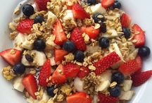 Healthy Breakfasts / A healthy breakfast helps jumpstart your metabolism and can lead to a healthy energy-filled day :)