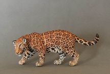 Resin models Pantherinae / A selection of my 1:20 Pantherinae models made of polymer clay and copied into resins