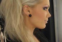 Edgy rocker hair and makeup