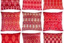 Tenun ikat / Indonesia Heritage