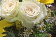 Yellow & Ivory Wedding Flowers