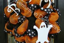 Halloween Crafts / by Gracy Lotter (Taylor)