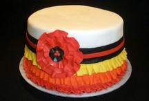 Cake Decorating / by Maureen English