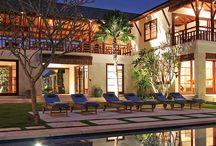 BALI > Villa sabana / 神々が棲む島バリ島のヴィラ  http://www.bliss-wedding.com/