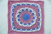 Grannys / Crocheting Granny Squares
