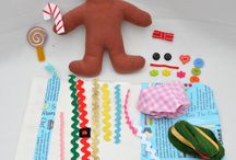 Christmas - Gingerbread Theme / Preschool, kindergarten, early elementary theme / unit curriculum, crafts, songs, finger plays, printables, games, math, science, ideas.