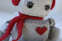 cute cuddlies / by Sue Henning