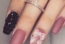 semi' nails