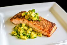 Pescatarian Life / Meal Ideas & Recipes for Pescatarians