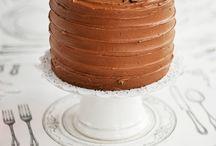 {Cake decorating} Bringing back the layered cake