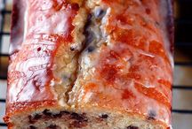 Desserts: Muffins, Pound Cakes, and Bundts / by Sarah Burnham