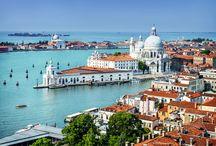 Italië - Venetië / Voor een zomerse vakantie in Italië is de Adriatische kust van Italië niet voor niets heel populair. Zonovergoten stranden, levendige resorts, warm water, een heerlijk klimaat, en de stad Venetië in de buurt.