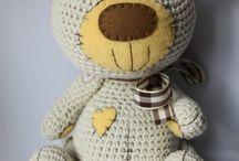 Crochet teddy - medvídci