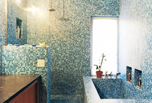Bathroom / by Daniella Murphy
