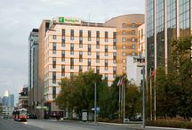 Hotel and Neighbourhood / Holiday Inn Moscow Lesnaya is a perfect starting point to explore splendorous Moscow city centre on foot.  Cruıse around by the beautiful and fast  Moscow metro. The nearest metro station, Belorusskaya, is located just 300 meters from the hotel.