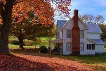 Farm Houses / Classic American Architecture