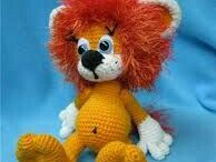 Lew z włóczki