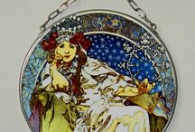 Alphonse Mucha, Round, Stained Glass, Vitrage / The closeness of the copy is gained due to digital typewriter. The print is protected by two pieces of 1,3 mm thick glass that are embedded into the thin lead section and soldered by tin. We use special UV stabilized paints. This window-pane is suitable for windows or to hang on a wall like a picture. The window-pane is provided in a three-layer pasteboard made specifically for this product. This box serves for safe transfer as well as an exquisite gift packaging.