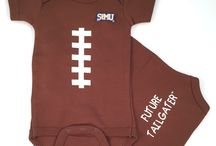 """Saint Mary's Gaels Baby / Future Tailgater offers awesome Saint Mary's Gaels baby apparel, accessories & gift sets for baby fans. Our items will make you smile cause they're """"Made to Play""""!"""