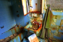Abandoned - Bathrooms
