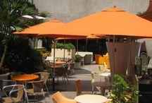 RESTAURANTERÍA AL AIRE LIBRE / El mobiliario que necesitas para un restaurante al aire libre.