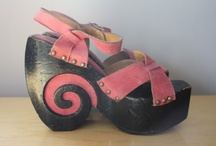 Crazy 70's shoes / by Schoenen Museum