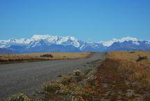 """Glaciar Sur / Glaciar Sur nos ofrece disfrutar del encanto de la Patagonia a través de todos los sentidos. Durante la experiencia """"Pioneros"""", revivimos la historia de los primeros pobladores, contemplamos los maravillosos paisajes de la estancia Nibepo Aike, donde saboreamos el clásico cordero patagónico,  y nos embarcamos para apreciar la cara sur del Glaciar Perito Moreno."""